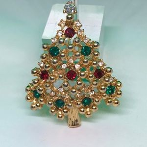 VTG Festive Very well made Christmas Tree Brooch